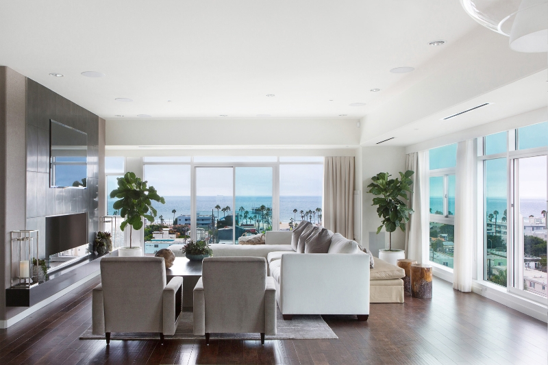 SoCal Contractor Creates Luxury Beach Condo With 360