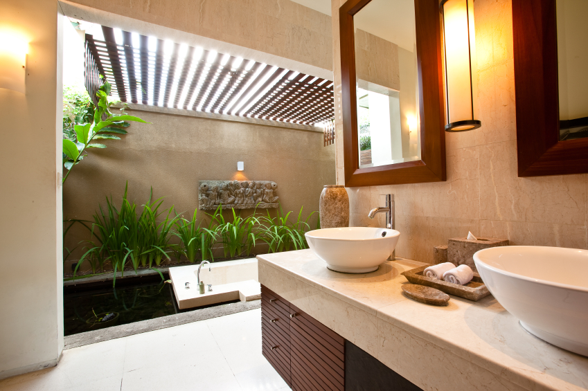 45 modern bathroom interior design ideas for Small tropical bathroom design