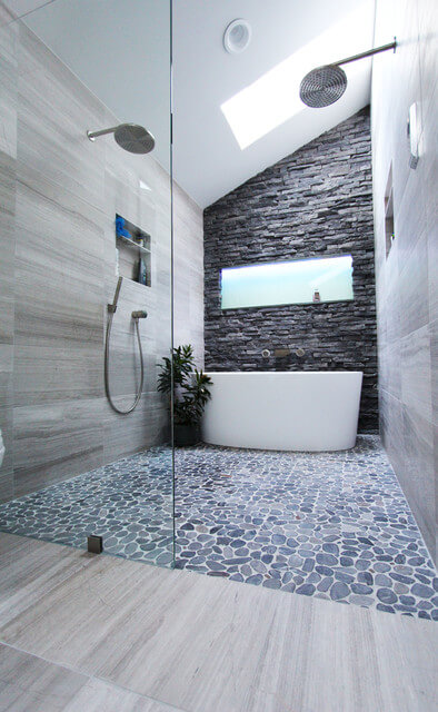 Cool modern gray bathroom design by change your bathroom for Douche italienne baignoire