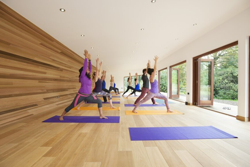 Sublime yoga studio by blue forest treehouse design for Yoga studio salon de provence