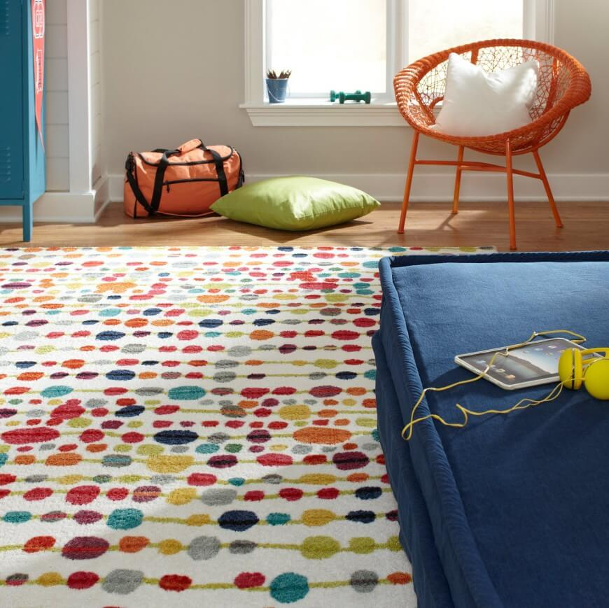Synthetic fibers are increasingly common in rugs, for both their malleability and resistance to stains. The material can be crafted into any shape, color, and pattern.