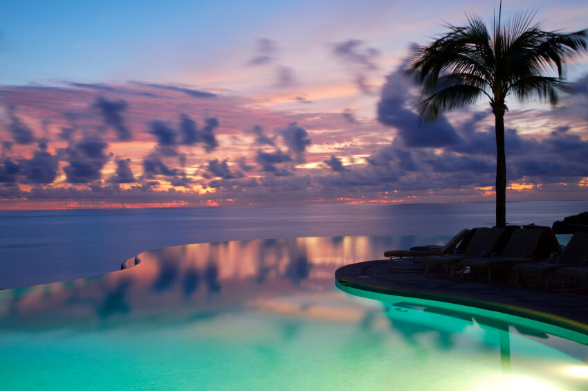 47 Incredible Infinity Pool Designs (Stunning Photos)