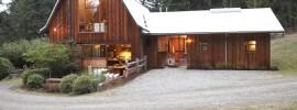 1 barn exterior entry