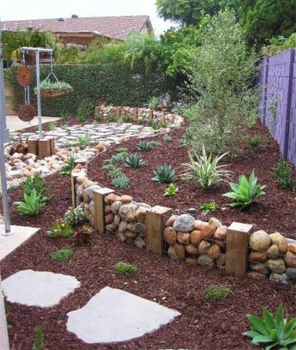 Wood Retaining Wall Ideas: 27 Backyard Retaining Wall Ideas And Terraced Gardens