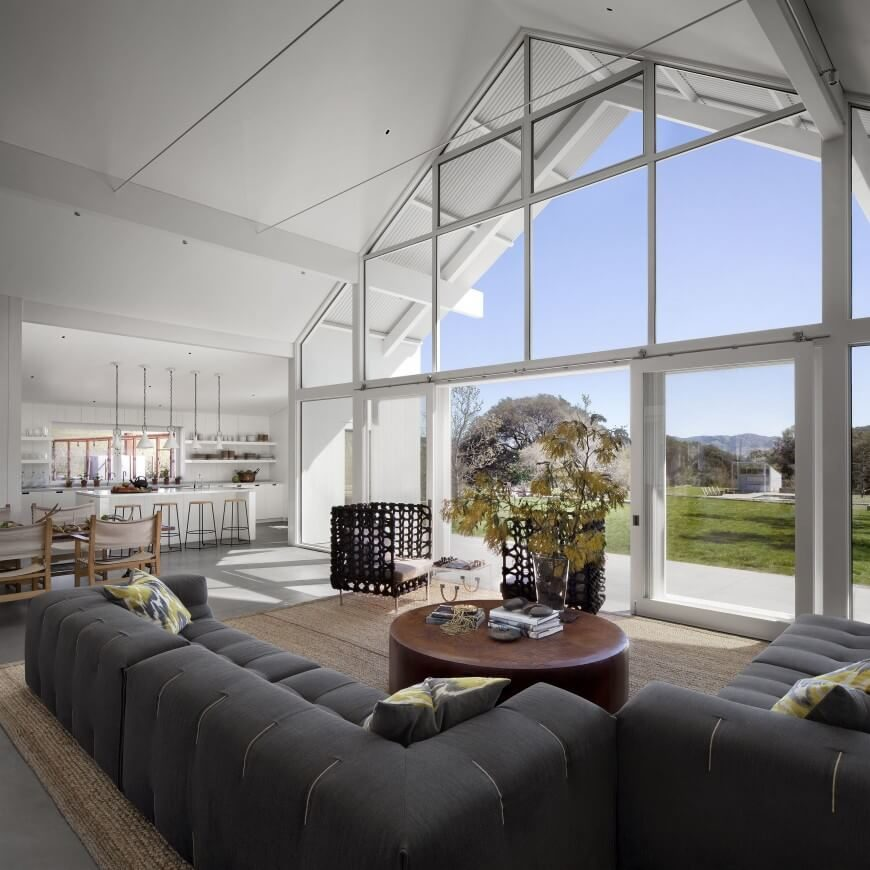 Modern Ranch Houses: 36 Extravagant Living Rooms By Top Interior Designers
