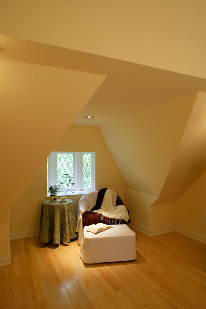 Attic rooms designs and space ideas