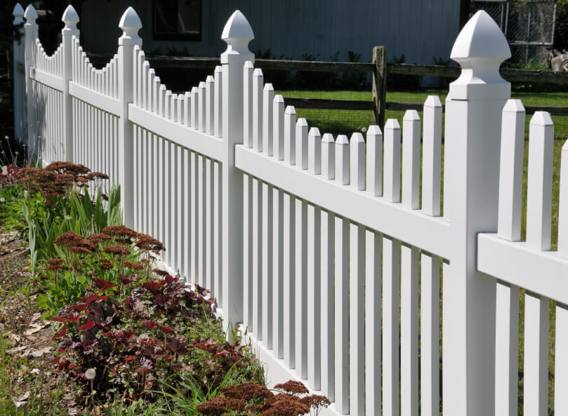 40 beautiful garden fence ideas for Front garden fence designs