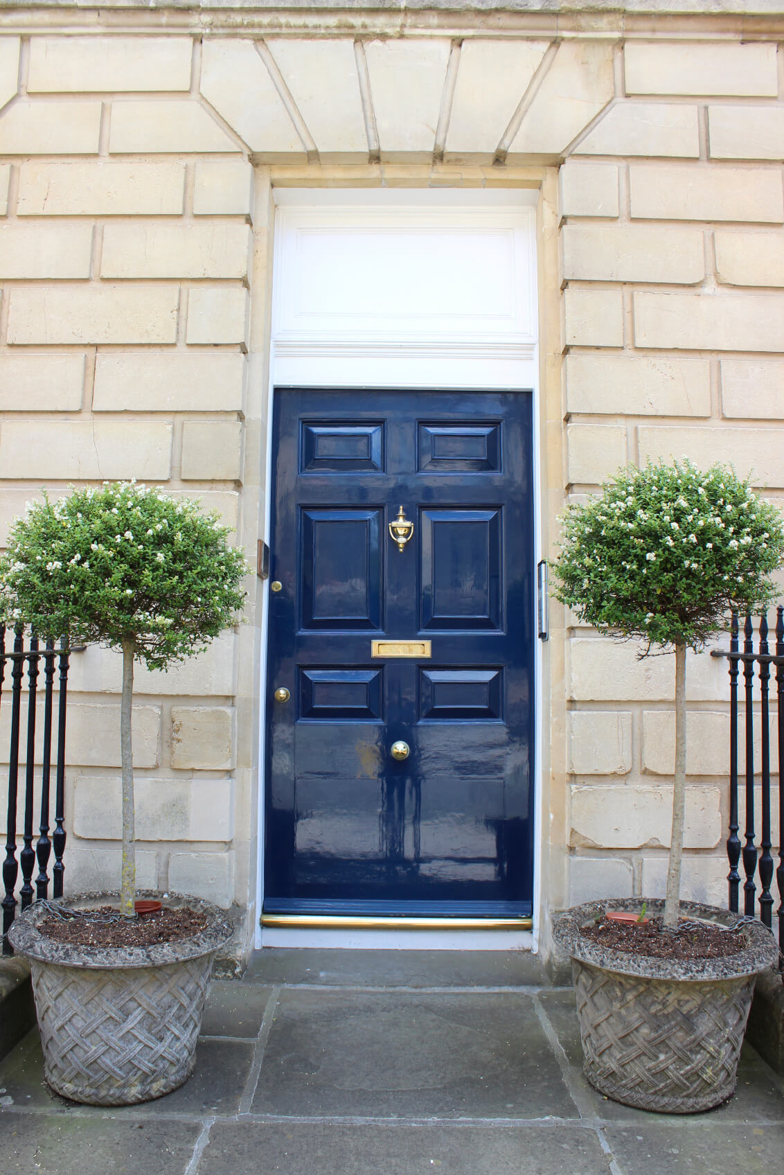 21 cool blue front doors for residential homes for Entrance doors
