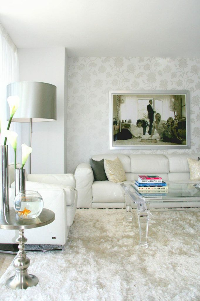 "Modern Wallpaper Designs For Living Room: Bright And Contemporary ""Russian Glam"" Interior Design By"