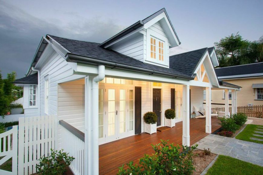 Light and airy hamptons queenslander fusion home for Front doors that let in light