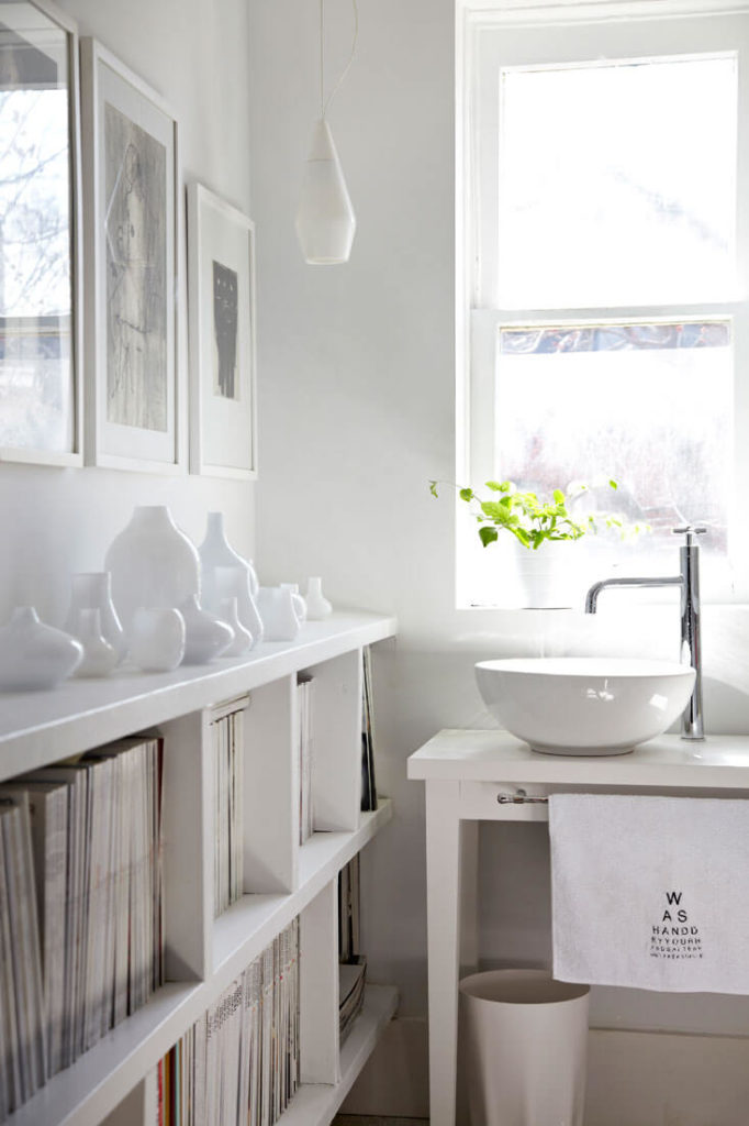 The bathroom features a mixture of traditional
