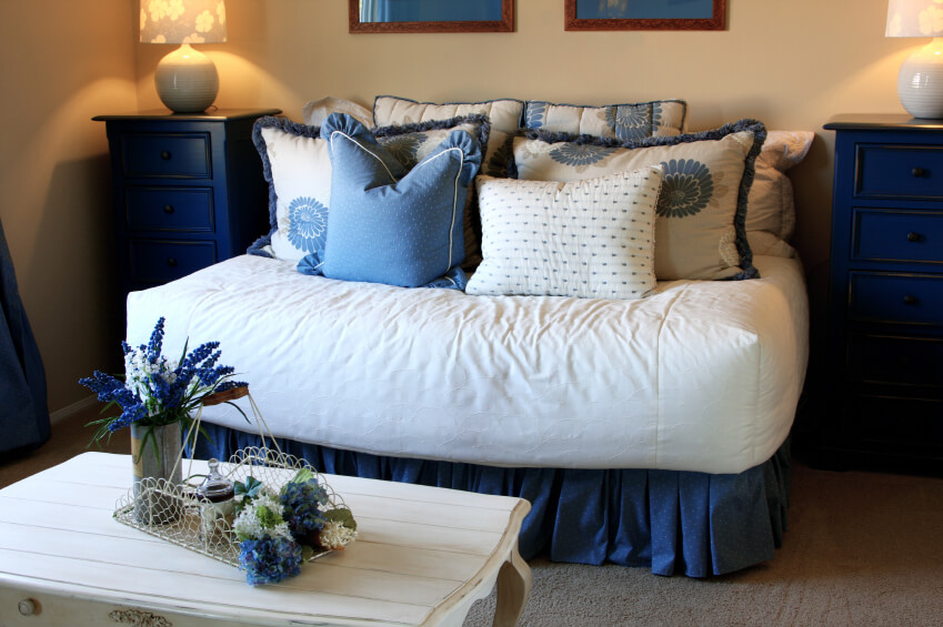 King Bed Pillow Arrangement