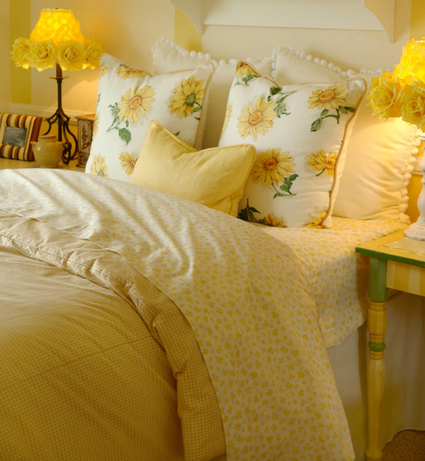 50 Decorative King And Queen Bed Pillow Arrangements