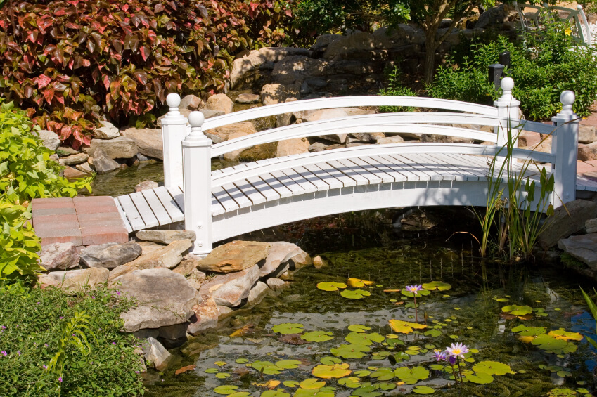 49 backyard garden bridge ideas and designs photos for Fish pond bridges