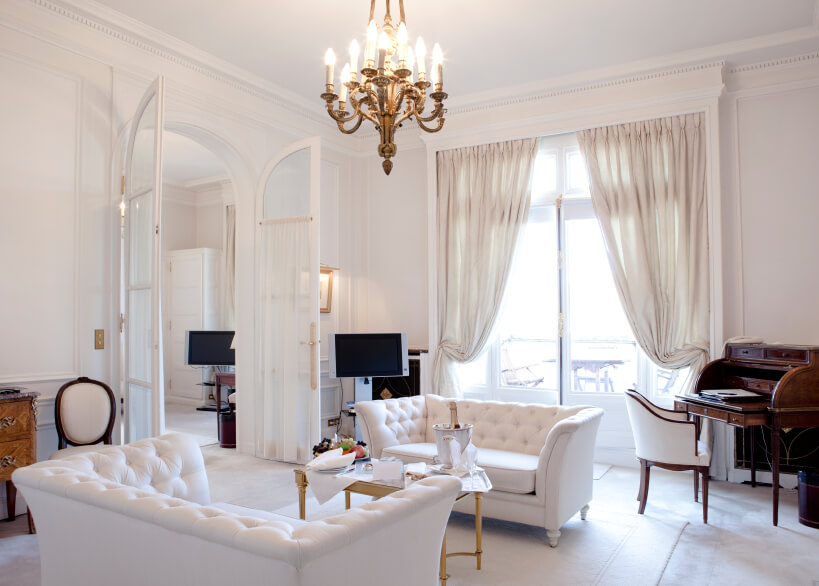 Bon In A Mostly White Living Room, Sheer Curtains In A Slightly More Neutral  Shade Are