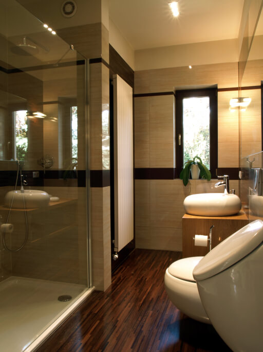 32 bathrooms with dark floors for Hardwood floors in bathroom