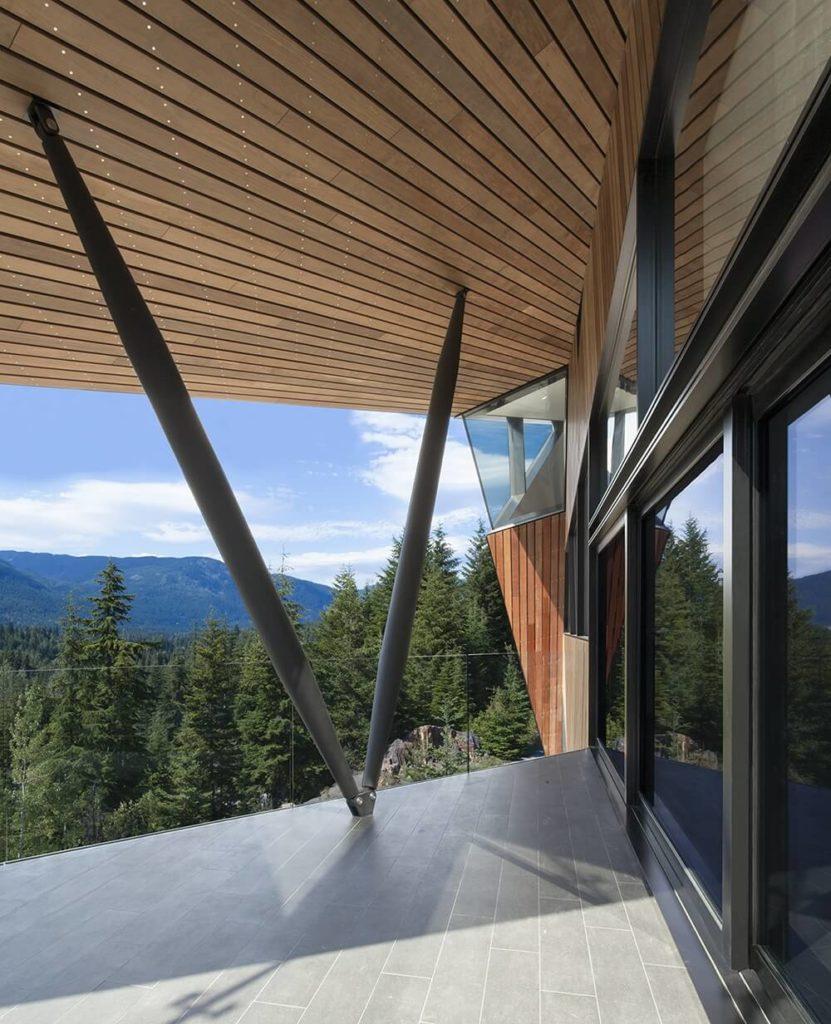 Angular Hadaway House Overlooking A Wild Valley