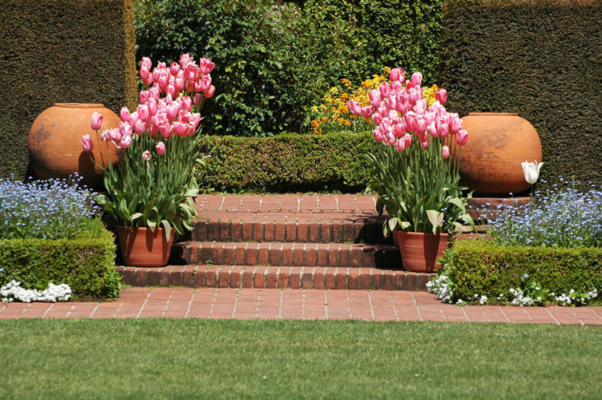 41 Incredible Garden Hedge Ideas for Your Yard (PHOTOS) on 6 path labyrinth designs, finger labyrinth designs, greenhouse garden designs, stage garden designs, walking labyrinth designs, rectangular prayer labyrinth designs, spiral designs, simple garden designs, heart labyrinth designs, meditation garden designs, new mexico garden designs, labyrinth backyard designs, informal herb garden designs, school garden designs, indoor labyrinth designs, knockout rose garden designs, shade garden designs, water garden designs, dog park designs, christian prayer labyrinth designs,
