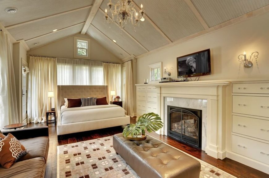 16 Luxurious Bedrooms Complete with Flatscreen Televisions (Pictures)