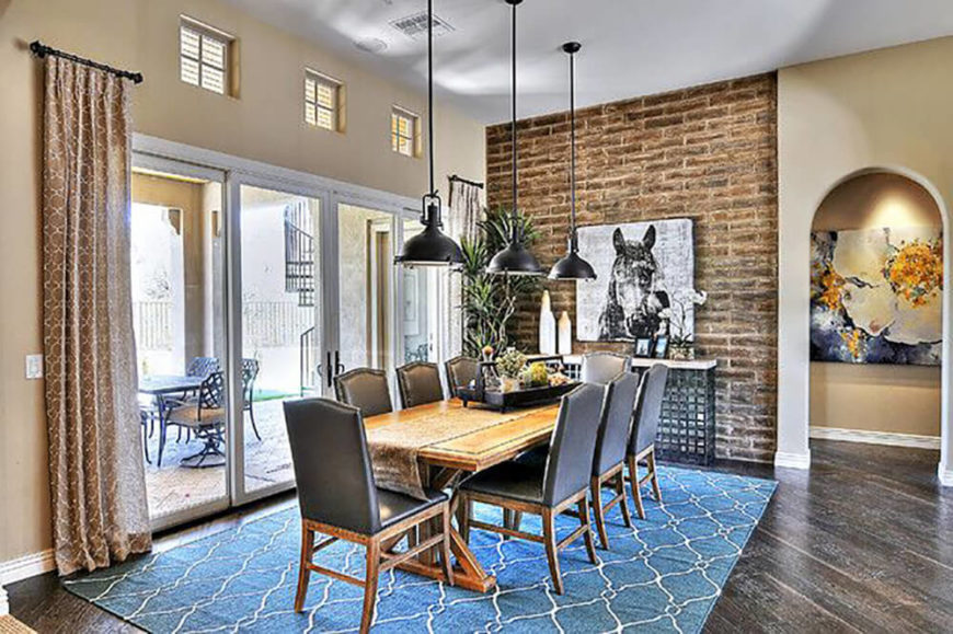 22 Elegant Dining Rooms With Upholstered Chairs (IMAGES)