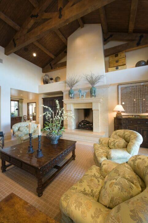32 Spectacular Living Room Designs with Exposed Beams (PICTURES) on house designs with turrets, house designs with hidden rooms, house designs with columns,