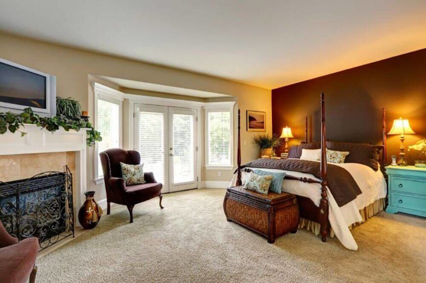 accent walls in bedroom. A light plush carpet covers the floor of this large bedroom  White doors are featured 24 Comfortable Bedrooms with an Interesting Accent Wall DETAILED