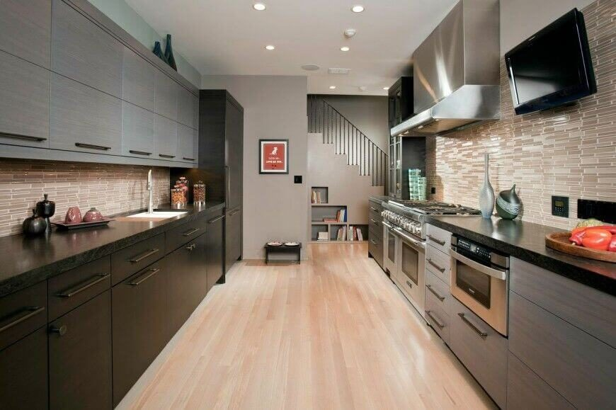 Remarkable Kitchens With Dark Cabinets And Dark Granite GREAT - Gray cabinets black granite