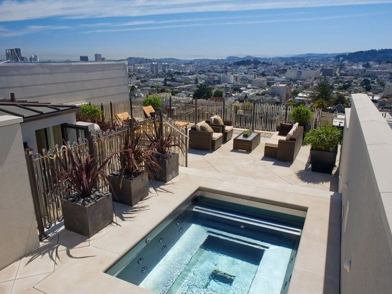 24 Astonishing Rooftop Swimming Pools (BEAUTIFUL PICTURES)