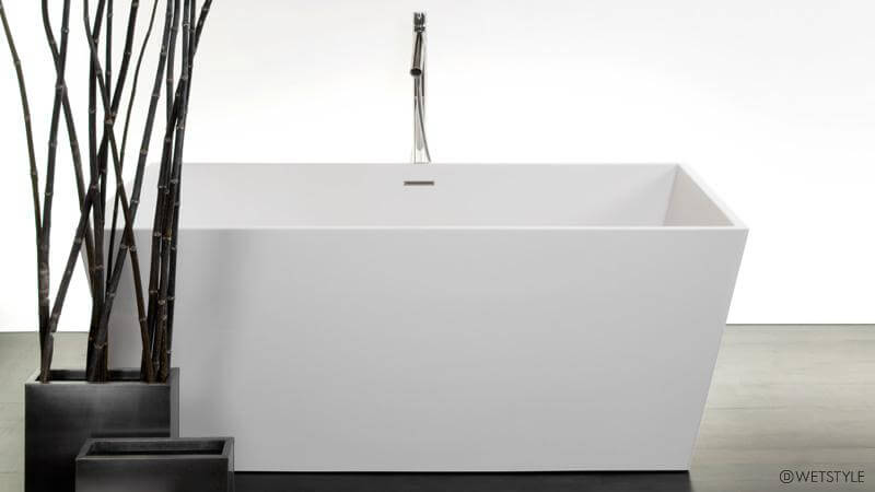 The BC 08 01 Bathtub From The Cube Collection Features Slender Edges In  Comparison With