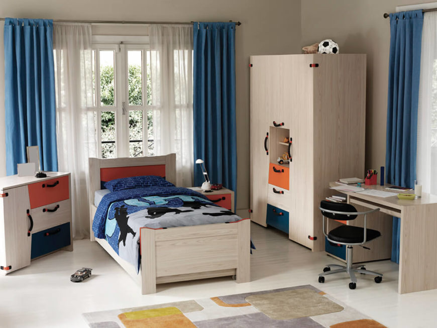 44 beautiful kids rooms for boys and girls pictures for Bedroom set with matching desk