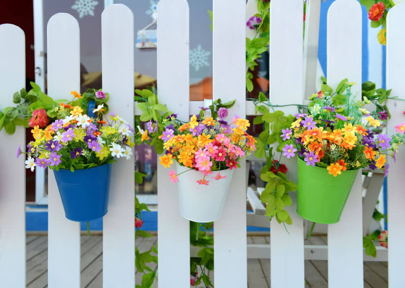 8 Vertical Garden Taking A Turn At The Traditional White Picket Fence,  Splashes