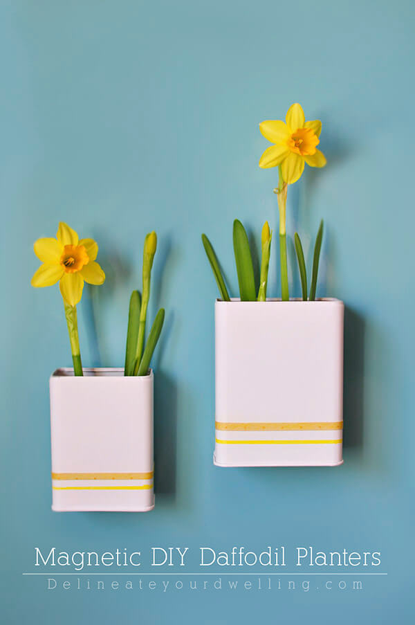Heavy wall mounts or static flower arrangements can be a thing of the past if you use magnetic flower planters. The ability to move around arrangements allows you to change things up at a moment's notice!