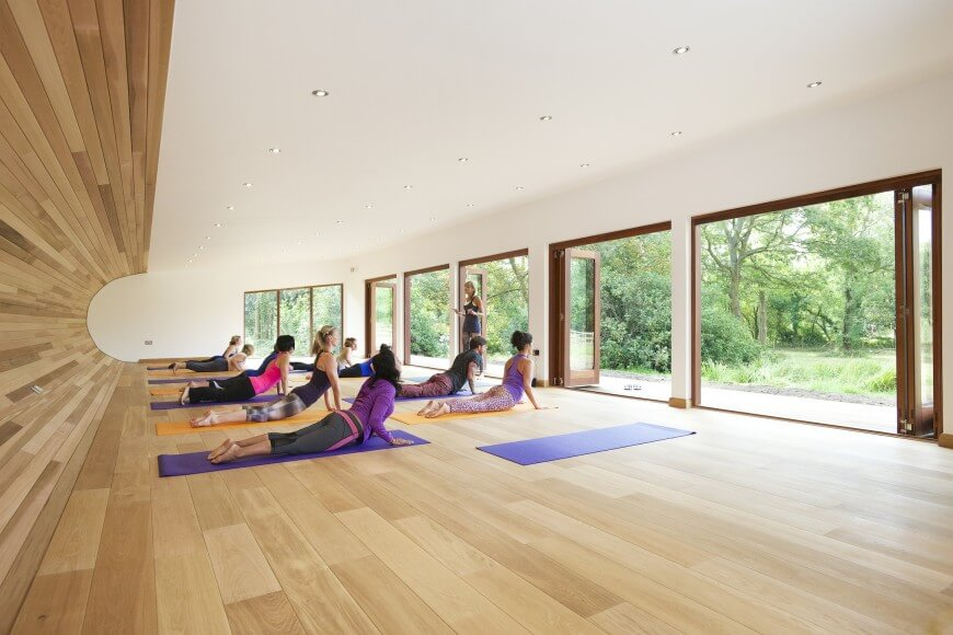 80 yoga studio design tips for the home personal or business for Home yoga room design