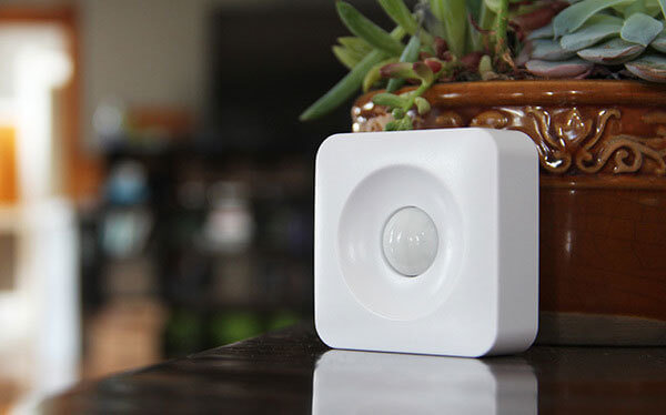 This simple and discreet motion sensor can be programmed to trigger actions in a number of different devices, all connected by a central smart hub. This particular device is meant to work with Samsung's SmartThings hub to allow you to set a wealth of conditions under which your other connected devices will activate. It allows you to turn lights on as you enter a room, trigger alarms for security while you're away, and even set thermostats, window AC units, or portable heaters to automatically adjust based on temperature readings. The small size means it can be placed or mounted anywhere.