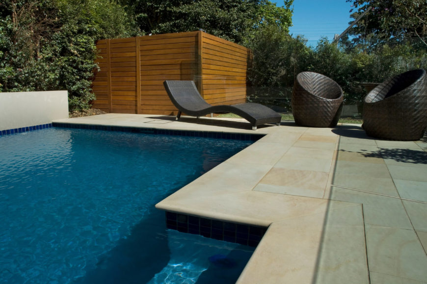21 inspired privacy screens for residential neighborhoods for Privacy pool screen