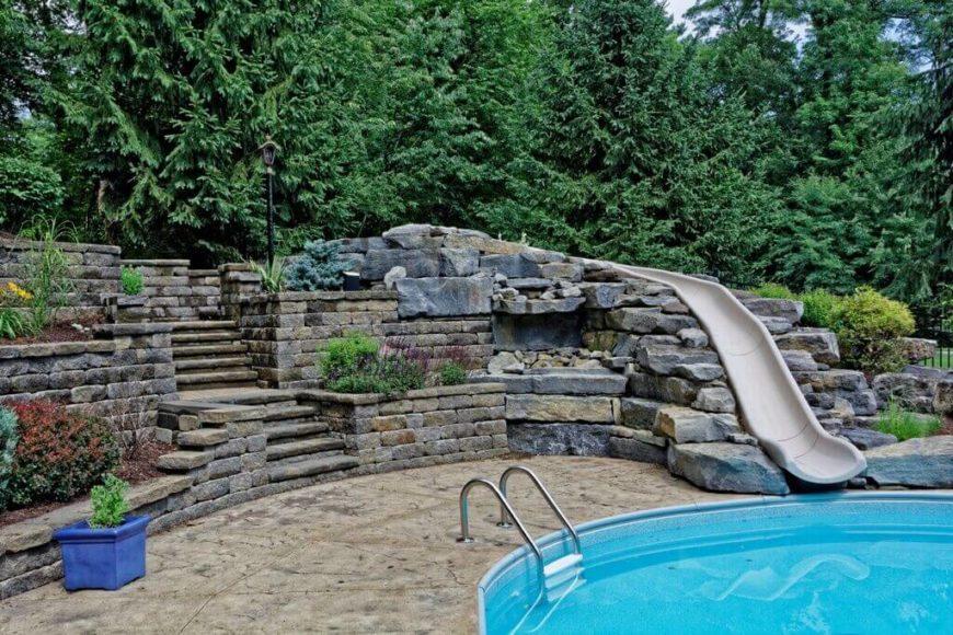 16 amazing swimming pool slides. Black Bedroom Furniture Sets. Home Design Ideas