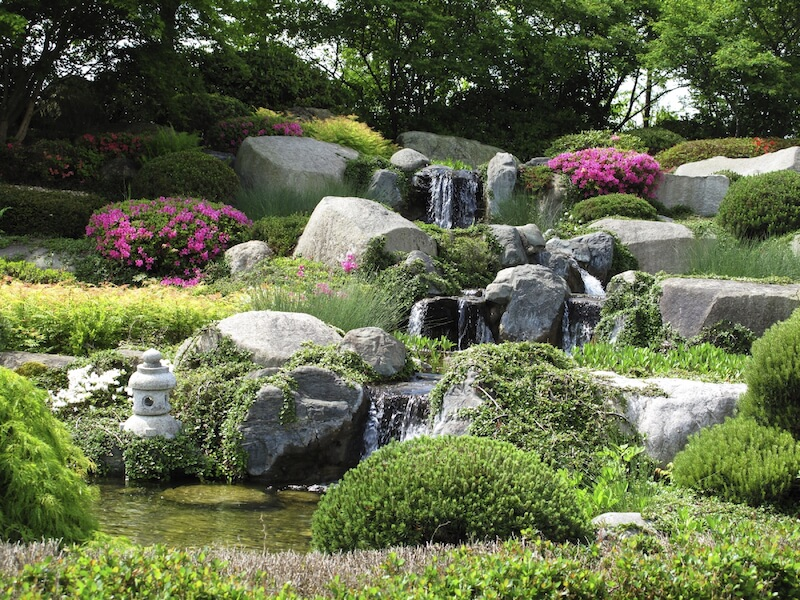 Large rock landscaping ideas house decor ideas for Large garden ideas