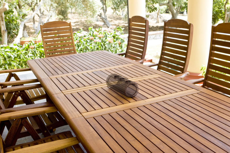 This long table is surrounded by comfortable chairs. It is important to find outdoor seating and tables that work for you and your space. If your parties tend to include large gatherings make sure your table can accommodate lots of people.