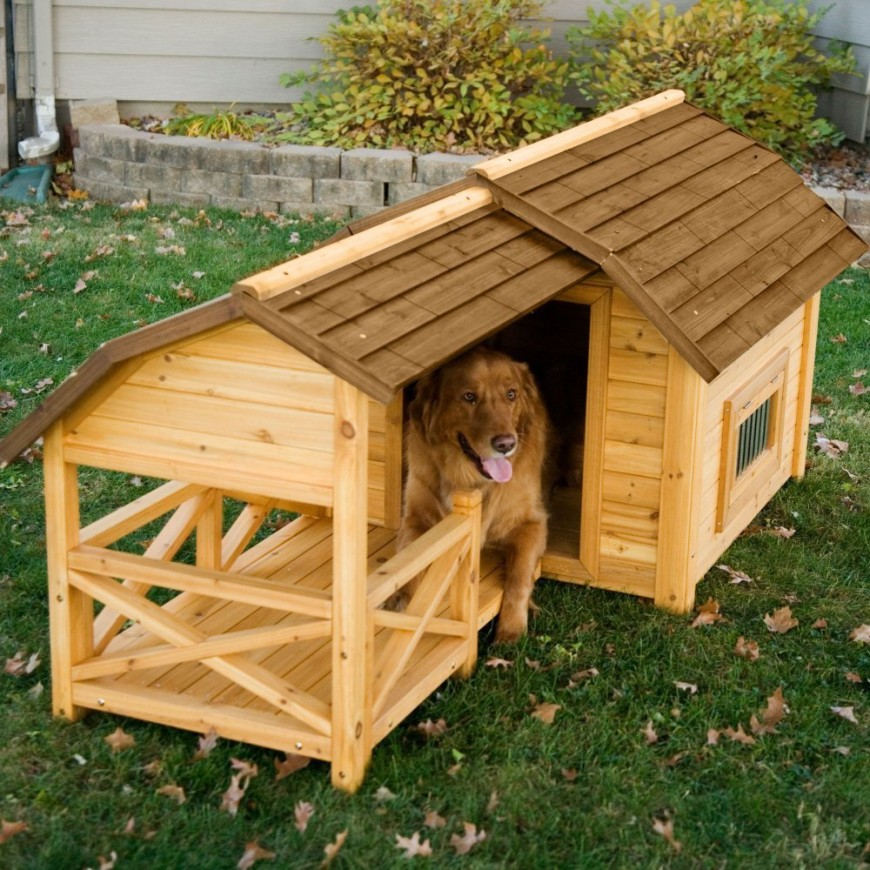 A small deck portion allows the dog to lay outside of the dog house without laying on the grass, and gives the structure a bit of country style.