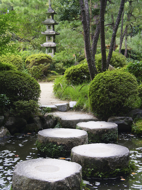 38 Glorious Japanese Garden Ideas on Small Backyard Japanese Garden Ideas id=77884