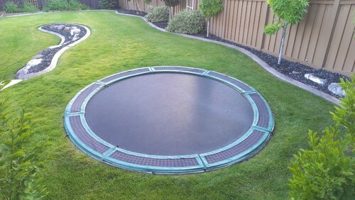 32 fun backyard trampoline ideas. Black Bedroom Furniture Sets. Home Design Ideas
