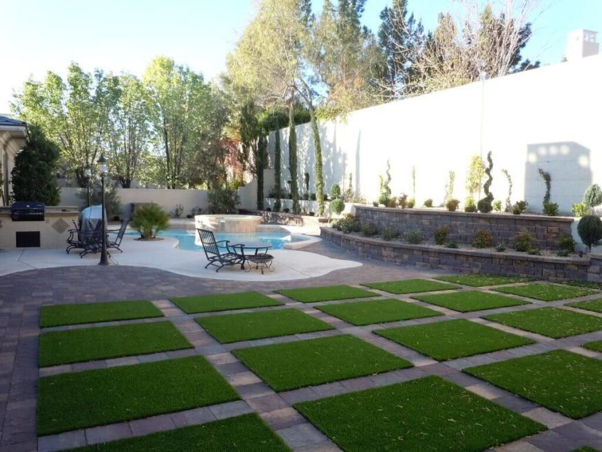 27 Amazing Backyard Astro Turf Ideas on Turf Patio Ideas id=20732