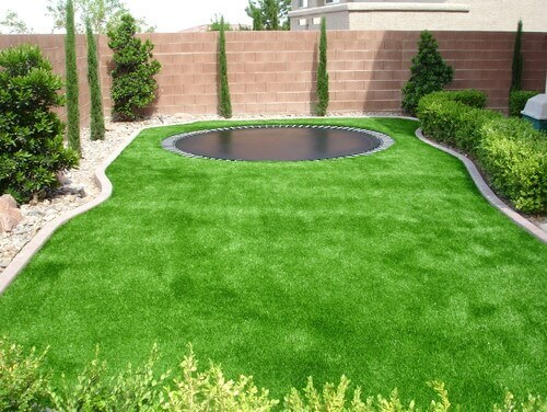 Delicieux Small Lawns Are Great Places For Astroturf. You Will Not Need To Spend As  Much